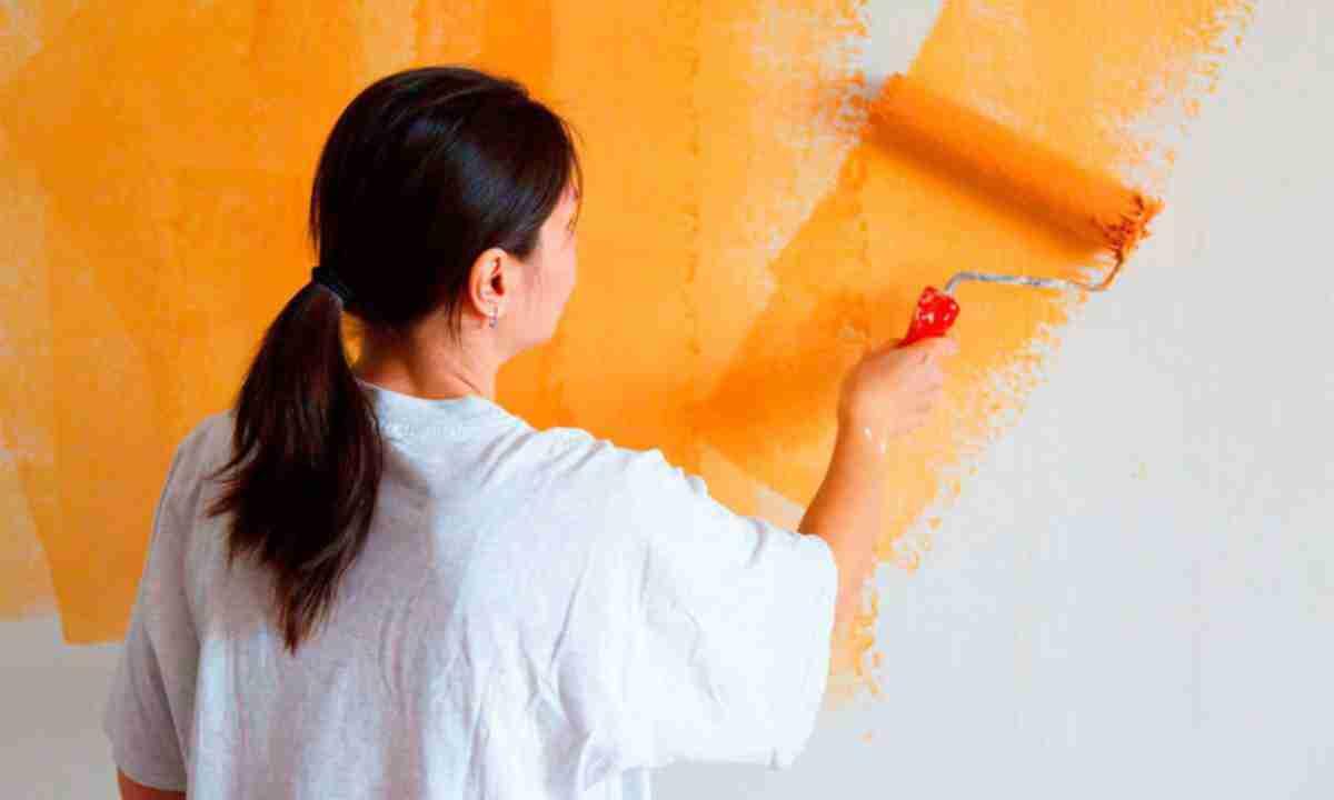 Як правильно фарбувати стіни?